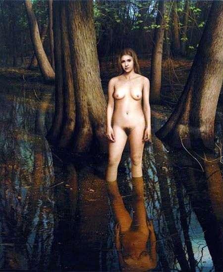 女孩在水中   斯科特普赖尔